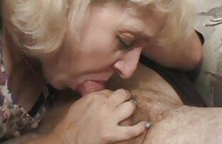 Emozione ragazza in bagno porno amatoriale prostitute
