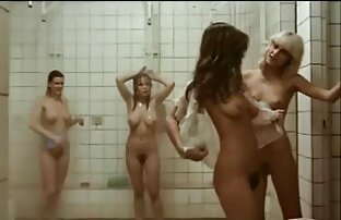 Fare una doccia in una filmati amatoriali anali festa